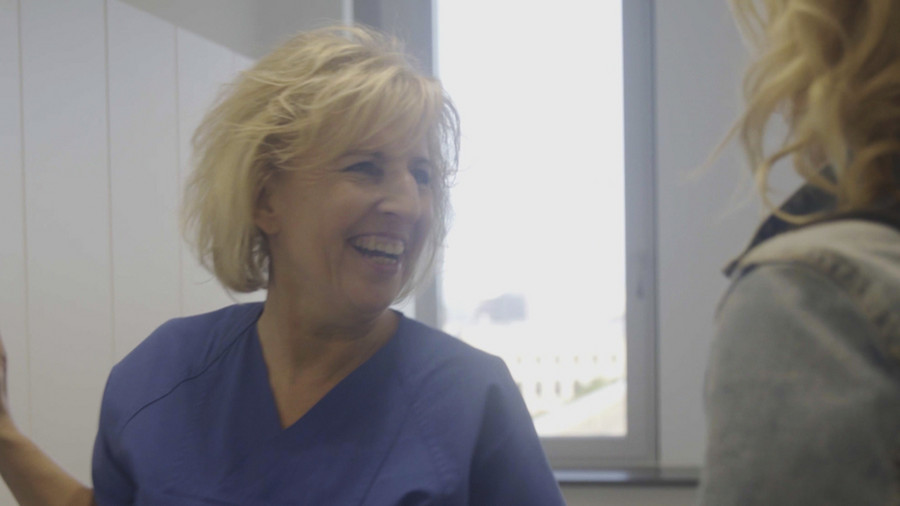 Video: Nursing at one of Germany's largest hospitals (including spanish subtitles)